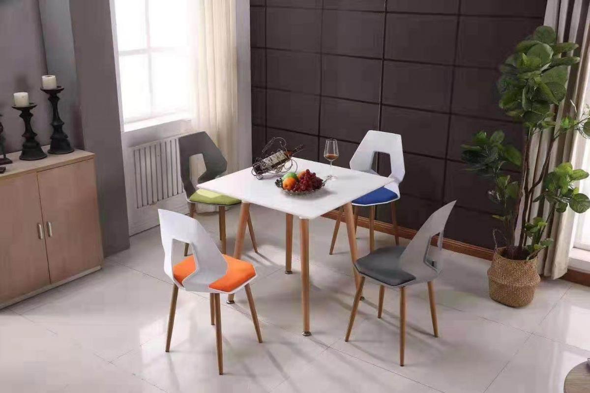 北欧轻奢椅子靠背塑料舒适餐椅现代简约家用休闲洽谈椅创意餐桌椅