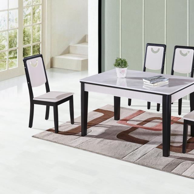 现代简约北欧餐桌小户型家用长方形饭桌实木桌