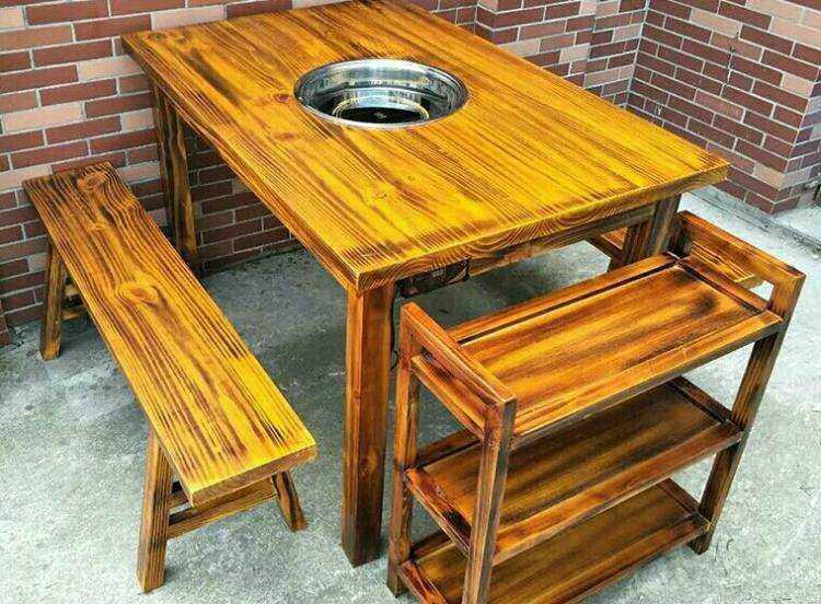 火烧木餐桌椅