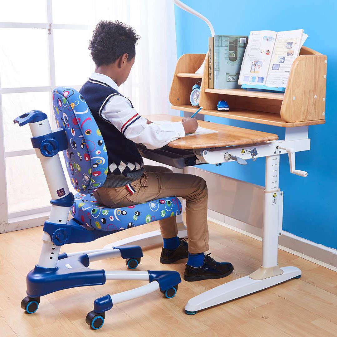 儿童学习桌小学生写字桌椅套装家用简约实木组合书桌课桌椅可升降