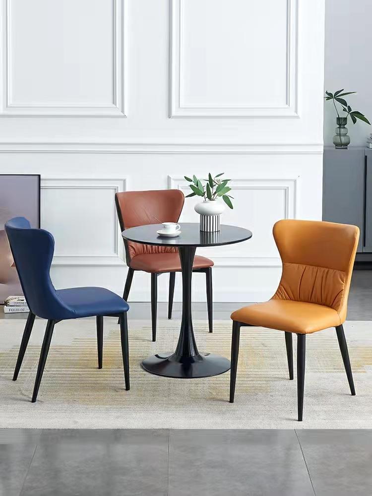 北欧现代简约餐椅家用椅子轻奢极简皮椅靠背椅凳子设计师酒店网红