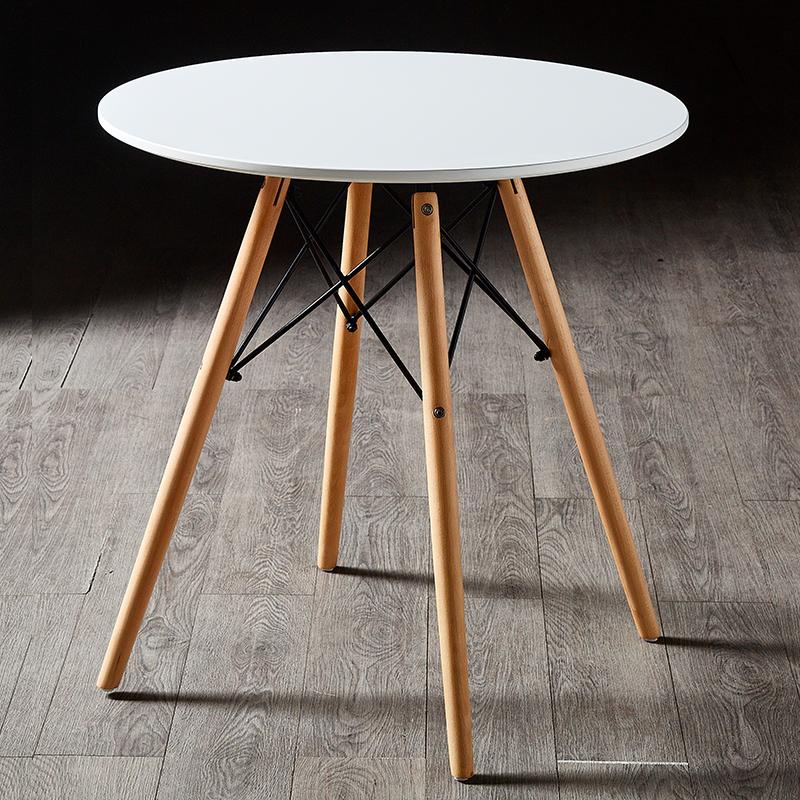 伊姆斯餐桌椅时尚休闲家用北欧奶茶店餐厅洽谈咖啡烤漆桌