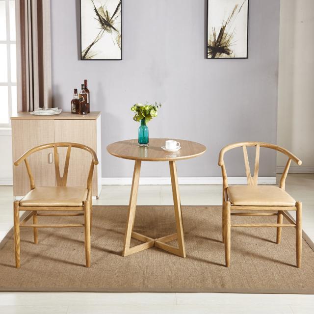 北欧铁艺原木色餐桌椅组合简约咖啡茶几阳台会客小圆桌